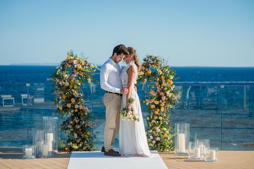 Свадьба на Ибице с захватывающим видом на море